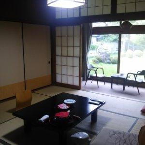 ペットと泊まれる人気の宿『吾妻荘』に行ってきました!犬に優しいお部屋と近くの見どころをご紹介